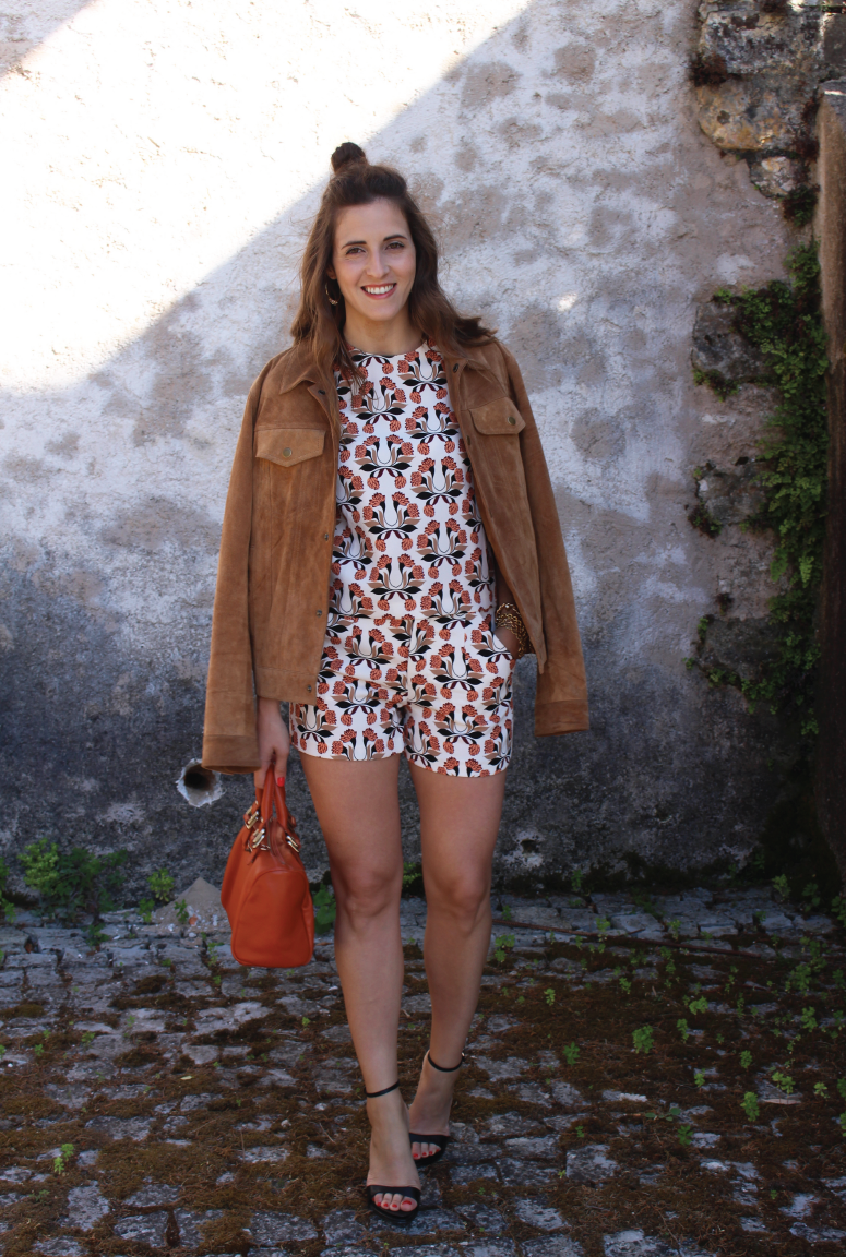 wedding-season, what-to-dress-for-a-wedding, wedding-shopping, patterned-shorts-and-top-from-zara, casual-wedding