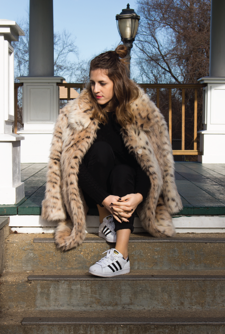 faux-fur-coat, faux-fur-for-winter, faux-fur-leopard-print, all-black-for-winter, outfit-of-the-day, lookbook
